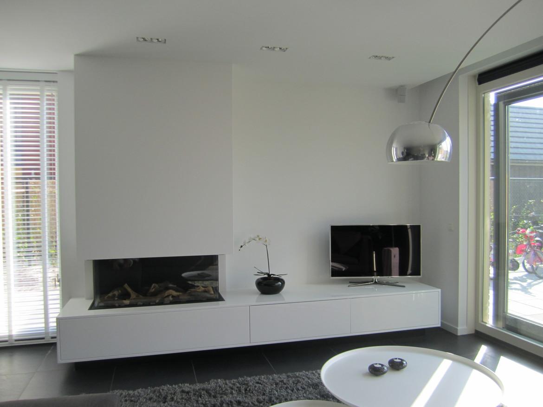 driezijdige gashaard met maatwerk meubel hoogglans