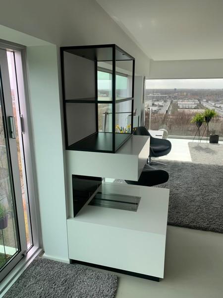 Elektrische haard in moderne flat